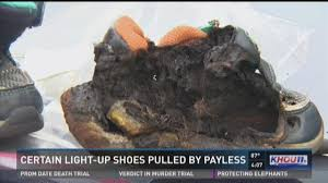 payless light up shoes khou com payless to pull some light up shoes off shelves