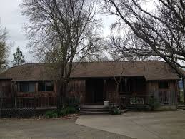 need help with paint color for 1970 u0027s redwood siding