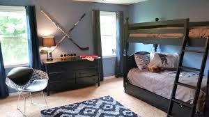 hockey bedroom ideas hockey room decor hockey bedding for boys source a hockey bedroom