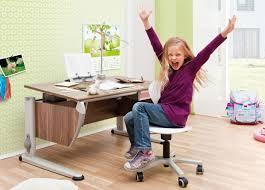 bureau pour enfant les chaises de bureaux pour enfants 4 pieds tables chaises et