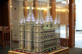 watch mormon recreates meridian lds temple out of legos 4