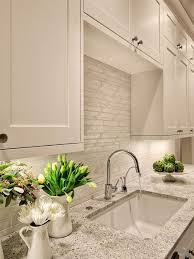 Kitchen Cabinets White Shaker Best 25 Painting Kitchen Cabinets White Ideas On Pinterest