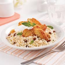 cuisiner un couscous poulet marocain sur couscous aux raisins secs et amandes recettes