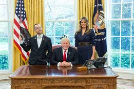 Oval Office Trump by Rhode Island Teacher Of The Year Steals The Show At White House