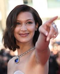 bella hadid short wavy cut short hairstyles lookbook stylebistro