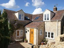 e17890 cotswold stone cottage on the slopes of bredon hill