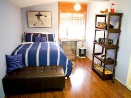 Masculine Bedroom Ideas Gray Walls Block Board Stained Frame Bed Masculine Bedroom Decorating