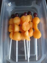 plastic skewers for fruit arrangements diy edible fruit bouquet for fathers day use cookie cutters for how