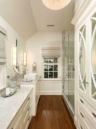 Long Narrow Bathroom Houzz - Narrow bathroom design