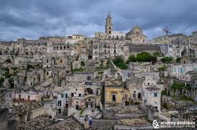 Matera Italy To Walk On The Rooftops Of The Ancient Stone City