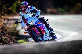 honda 600 cbr 2013 motorcycle maniac 2013 honda cbr600rr chaparral motorsports