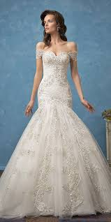Off The Shoulder Wedding Dresses Trubridal Wedding Blog 18 Romantic Off The Shoulder Wedding