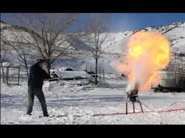 pouring liquid nitrogen on a grease fire youtube