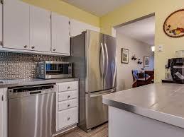 rochon cuisine 305 485 rue rochon jérôme qc condominium à vendre