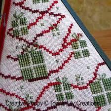 tom pyramid tree ornament cross stitch