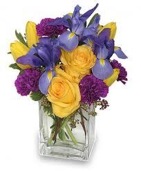floral arrangement a touch of class floral arrangement in terre haute in baesler s