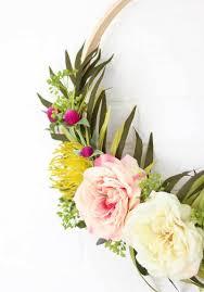 make your own diy modern spring wreath persia lou