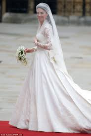 Wedding Dress Designer Royal Wedding Kate Middleton U0027s U0027secret Meetings U0027 With Dress