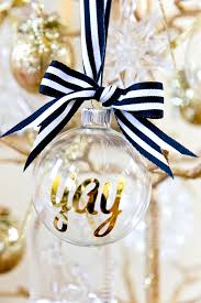 Black And White Ball Decoration Ideas 20 Chic Holiday Decorating Ideas With A Black Gold And White