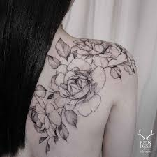 flower tattoo on hip pin by sean murphy on tattoos pinterest crest tattoo
