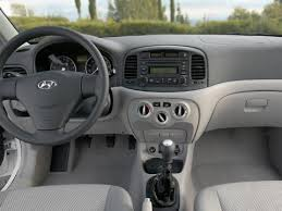3 door hyundai accent 2006 hyundai accent se 3 door reviews pictures and features