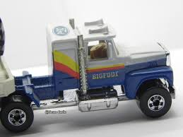 monster trucks bigfoot 1991 big foot big rig with big foot monster truck hotwheels