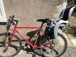 siege pour velo location vélo vtt avec siège enfant hamax à veyrier du lac par ben
