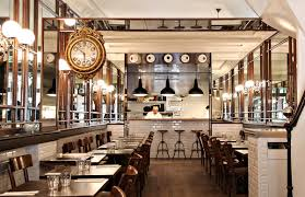 Cuisine Style Bistrot Parisien by Keeping Up With The Kardashians In Paris Set In Paris