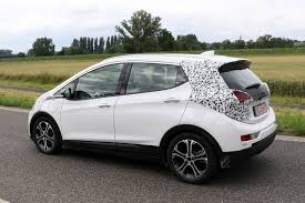 opel jeep opel ampera e plugs away at testing before 2017 launch by car magazine