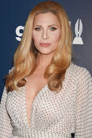 hairstyles for transgender candis cayne to portray transgender character on grey s anatomy