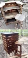 Patio Furniture Using Pallets by Top 25 Best Pallet Counter Ideas On Pinterest Pallet Bar