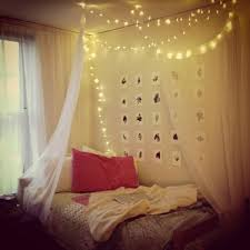 how to decorate canopy bed 20 diy dorm canopy beds home design and interior