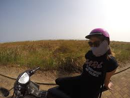 learning to ride a motorbike in thailand lives abroad