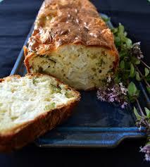 thym serpolet cuisine cake au serpolet chèvre et courgettes je cuisine sauvage