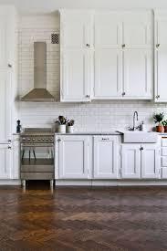 inexpensive kitchen backsplash kitchen kitchen backsplash photos white black splash glass
