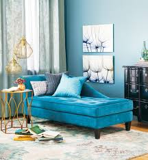 Blue Chaise Beautiful Blue Chaise Lounge In Classic Living Room Find Stunning