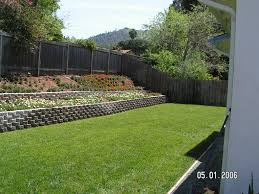 Terraced Retaining Wall Ideas by Backyard Wall Best 25 Backyard Retaining Walls Ideas On Pinterest