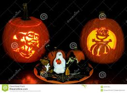 jack o u0027 lanterns and halloween tabletop display stock photo