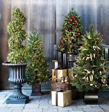 Outdoor Christmas Tree Decorations by 253 Best Outdoor Christmas Decorations Images On Pinterest