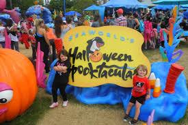 why a seaworld halloween is spooktacular hotmamatravel