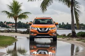 nissan rogue jump start base price increases for 2017 nissan rogue facelift by 530