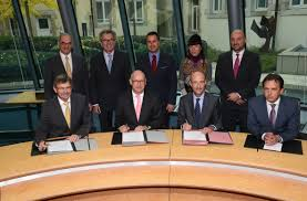 banque accord siege social arcelormittal et la banque et caisse d épargne de l état