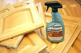 how to clean grease off kitchen cabinets how clean grease off kitchen cabinets clean kitchen cabinets grease