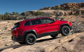 jeep dealers 2014 jeep delays dealers on edge