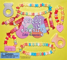 edible candy jewelry 250 pieces of edible candy jewelry in 2 capsules
