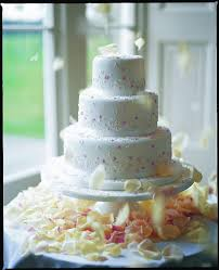 mich turner u0027s tips for the perfect diy wedding cake create