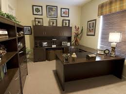 Office Design Ideas For Small Office by Office Decorating Ideas For Men Office Decoration Ideas For