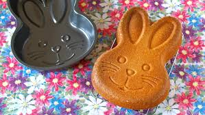 easter bunny cake mold how to make easy easter bunny butter cake recipe イースターに簡単