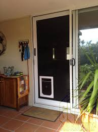 we often get asked if a dog door can go in to a crimsafe screen