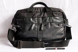 Tas Calvin Klein terjual tas calvin klein sling messenger unisex authentic original
